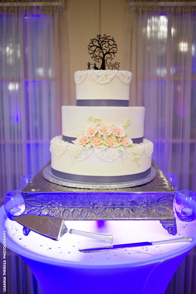 cake lighting
